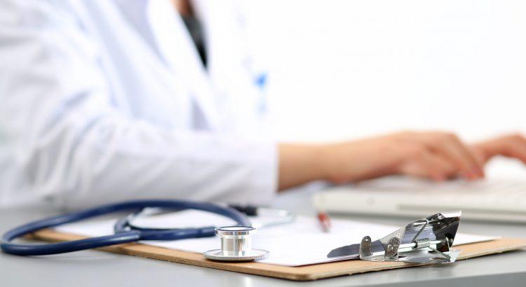 Doctors Help to Widen Medical Marijuana Access